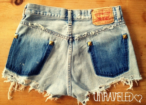 Levis Studded Denim Jean Shorts (Size SMALL to MEDIUM)