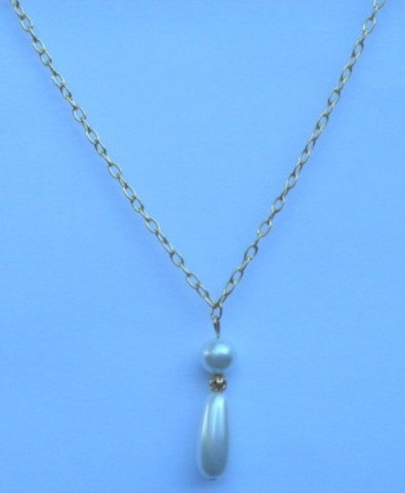 Lady Mary Crawley Inspired Teardrop Pearl Necklace