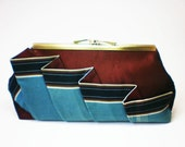 Kanini Clutch Purse - Cranberry & Blue