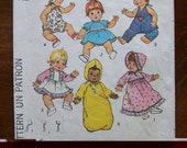 1975 -Vintage Simplicity Pattern 7208-  Clothes for Doll size Medium 15-16 inches