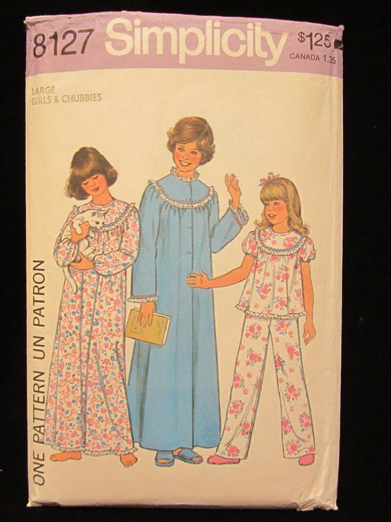 1977-Vintage Simplicity Pattern 8127-  Girls and Chubbies Nightgown, Pajamas and Robe- Size Large
