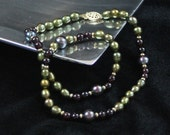 "17"" Pearl and Garnet Necklace"