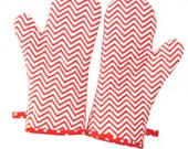 Oven Mitts Red and White Chevron