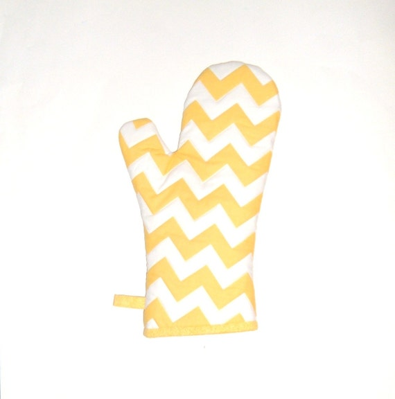 Single Oven Mitt Chevron Yellow and White