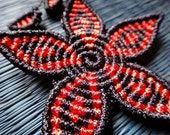 Macrame flower Necklace black and red