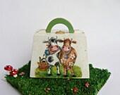 FREE SHIPPING/ Wooden Bag/ Picnic/ Little girls bag/ great childrens gift/ fresh green