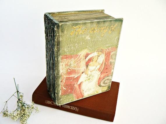 WEDDING MEMORIES - Vintage look wooden box / Wedding cards&memories holder/ Romantic wedding gift