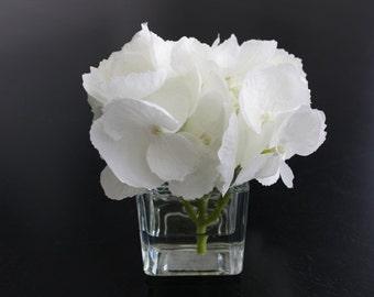 Fine Silk Floral Arrangement Wedding Party Favor Faux White Hydrangea In Square Votive with Illusion Faux Water