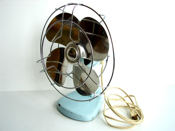 Vintage Knapp Monarch Kwik-Kool Desk Fan in Light Blue - Retro Cool