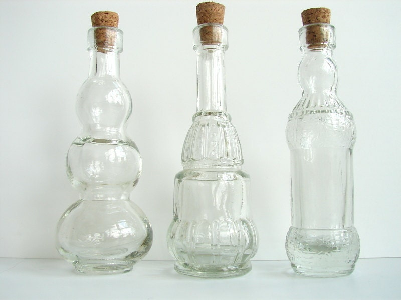 decorative clear glass bottles with corks 5 tall set. Black Bedroom Furniture Sets. Home Design Ideas