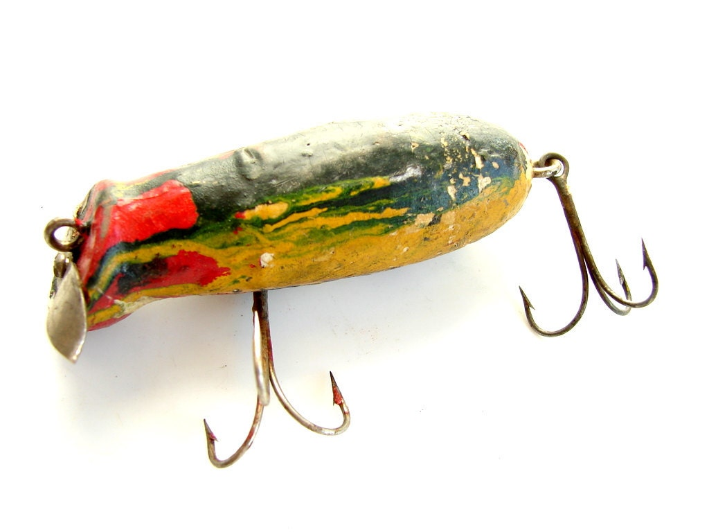 Vintage antique wood fishing lure treble hooks red green for Vintage fishing lures for sale
