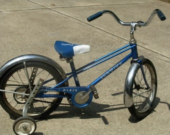 1960's Schwinn Pixie bike.  Vintage Schwinn bicycle.  Photo prop.  Store display.  Movie prop.