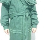 Hunting Frock  size Medium only. Hunter green canvas. ready to ship.