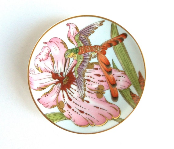 vtg hummingbird plate, Hutschenreuther, Ole Winther signature stamp, decorative mini plate, with original box, good condition