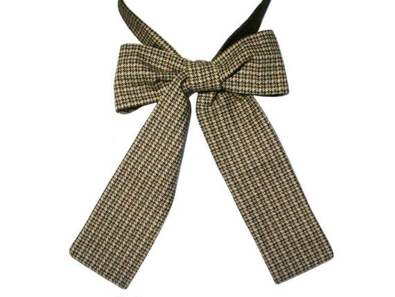 Last Chance to buy: Houndstooth neckerchief bow tie, ascot tie cravat