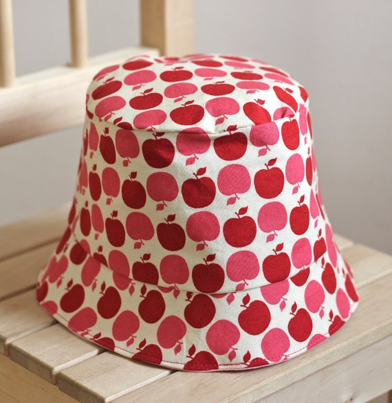 Girl's Bucket Hats - Red and Pink Apples -  with hand sewn apple applique, Made to Order (Babies to Children 5 Sizes)