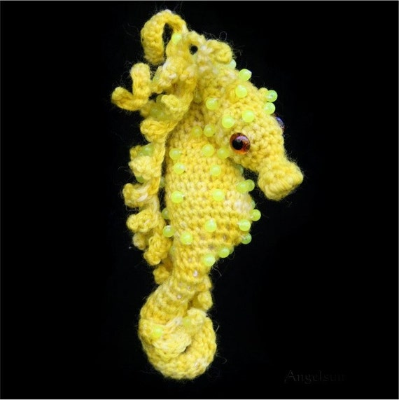 Amigurumi Seahorse Free Pattern : Cammie the Pygmy Seahorse Crochet PDF by angelsunawares on ...
