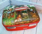 Vintage train case red woodland