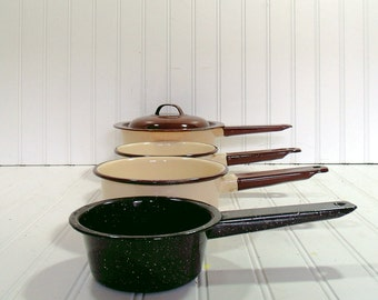 Brown on Tan EnamelWare Set of 4 Pots - Vintage Collection of GraniteWare - 5 Piece Collection of Spatterware Pans