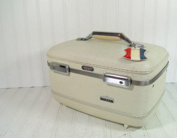 Retro White Vinyl Train Case - Vintage Travel Carry On - American Tourister Tiara Tote