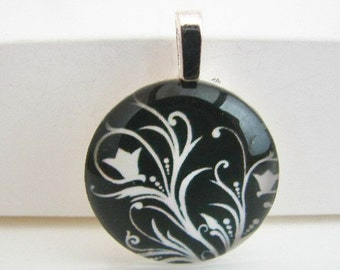 Flowing Tulip Stenciled Pendant with Free Shiny Ball Chain Necklace