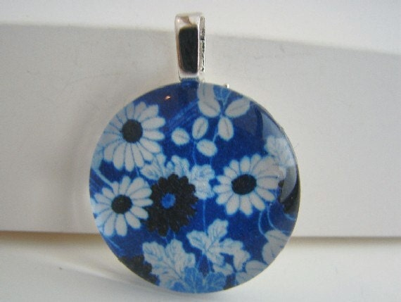 Shades of Blue Pendant with Free Necklace