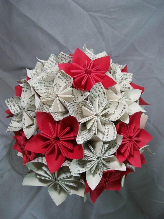 Items similar to book paper flower bouquet red flowers - Weihnachts origami selber machen ...