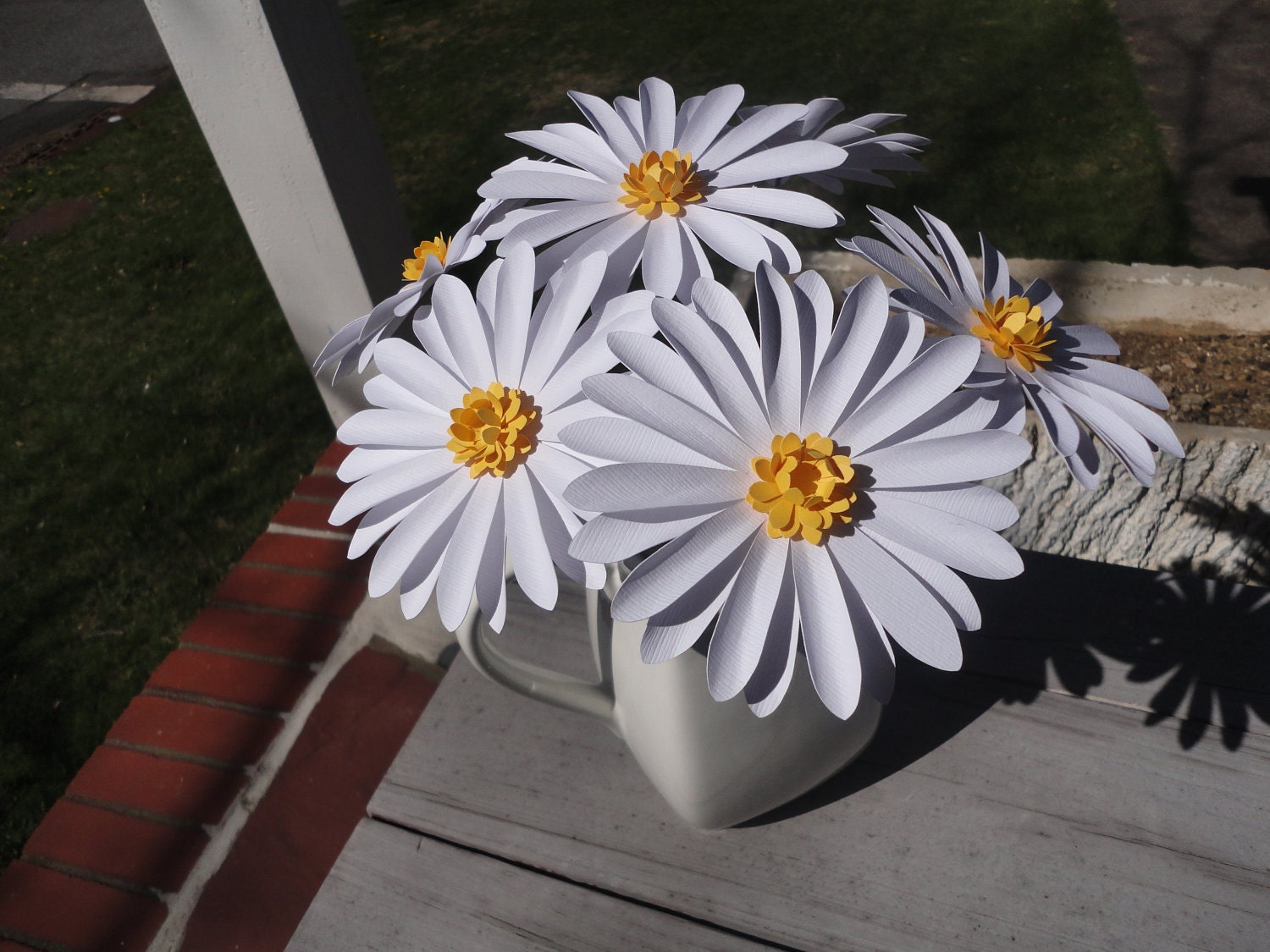 Paper Daisies Bouquet Of 6 Paper Daisies Mother S Day