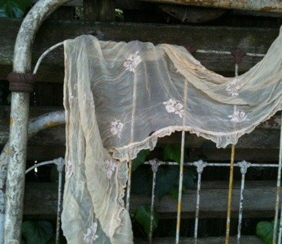 shabby ecru vintage scarf shawl capelet wedding bride aspen ranch cowgirl cheyenne Reserved