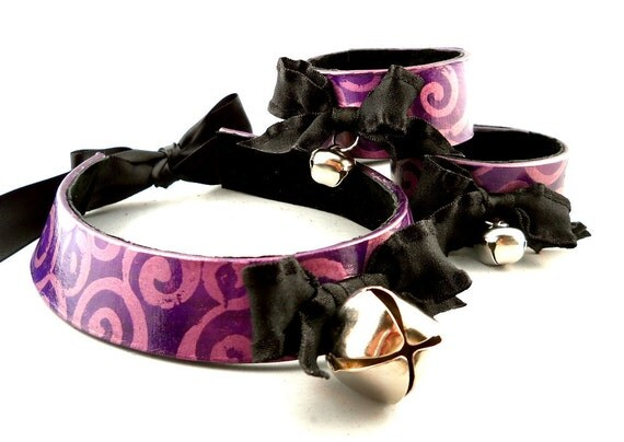 Metallic Purple Swirl on Dark Purple Leather Bow and Bell Collar Choker Necklace and Cuff Bracelet Set Goth Cosplay Kawaii Fantasy Wear