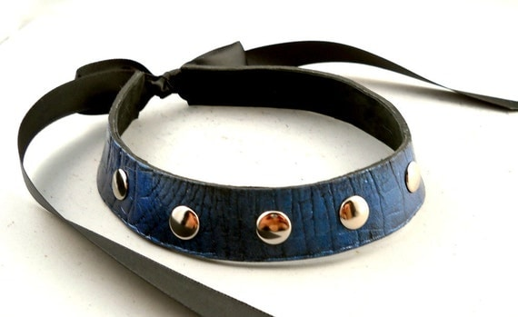 Shimmering Midnight Blue on Black with Silver Studs Leather Collar Choker Necklace Goth Punk Cosplay Rocker Fashion Wear