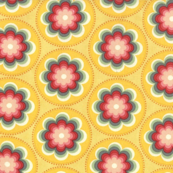 Salt Air by Cosmo Cricket for Moda - Coral Bloom in Sunshine - Fat Quarter
