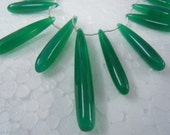 Green Onyx smooth Long Drops Briolettes 11 Pieces --7 Inches --Very Finest -- Size 40-30mm approx -