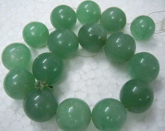Green Avanturine Round Ball Smooth Beads Gemstone Beads 14 inches AAA Quality Huge - 20mm to 25mm Wholesale Price