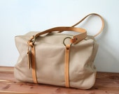 S A L E Vintage Weekender/Luggage Carry All Bag Beige with Leather Handles and Trims Antonio Melani Amazing