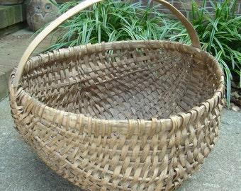 Vintage Handmade Large Woven splint Basket Antique Gathering  harvest Basket Rustic Farmhouse Primitive decor