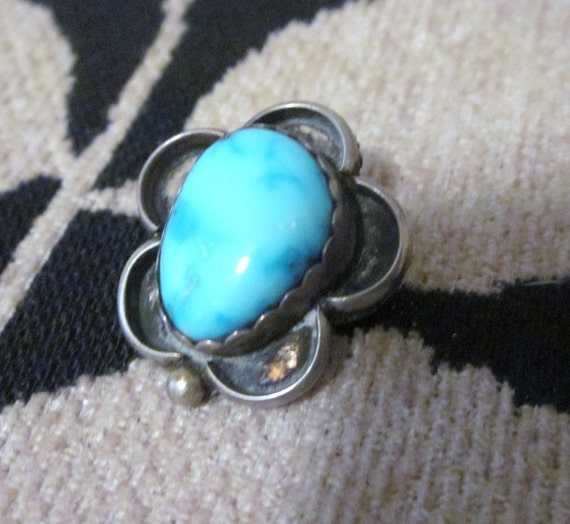 Vintage Southwestern Navajo Chunky Turquoise Sterling Silver flower Brooch signed Pin