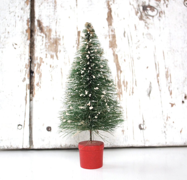 Christmas Tree Return Policy: Vintage Bottle Brush Christmas Tree