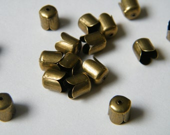 50 x Antiqued Bronze Beadcaps 8x6.5mm