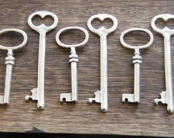 The Master's Keys - 10 Antique Silver Skeleton Key Charms Vintage Key Pendants Skeleton Key Set Jewellery Making Key Set
