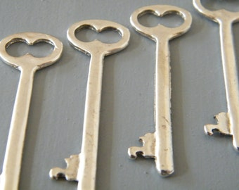 Shelley - Skeleton Keys - 10 x Antique Silver Keys Silver Skeleton Key Vintage Keys