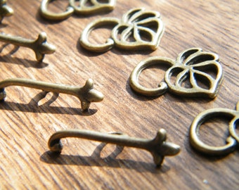 20 x Antique Brass Bronze Leaf Toggle Clasps Sets 12x16mm 22mm