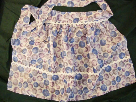 Come On In My Kitchen... 60s Silky Blue & Purple Abstract Floral Apron