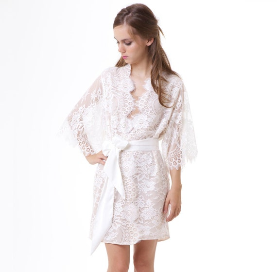 Swan Queen Scalloped Lined Bridal Lace kimono robe ivory off white