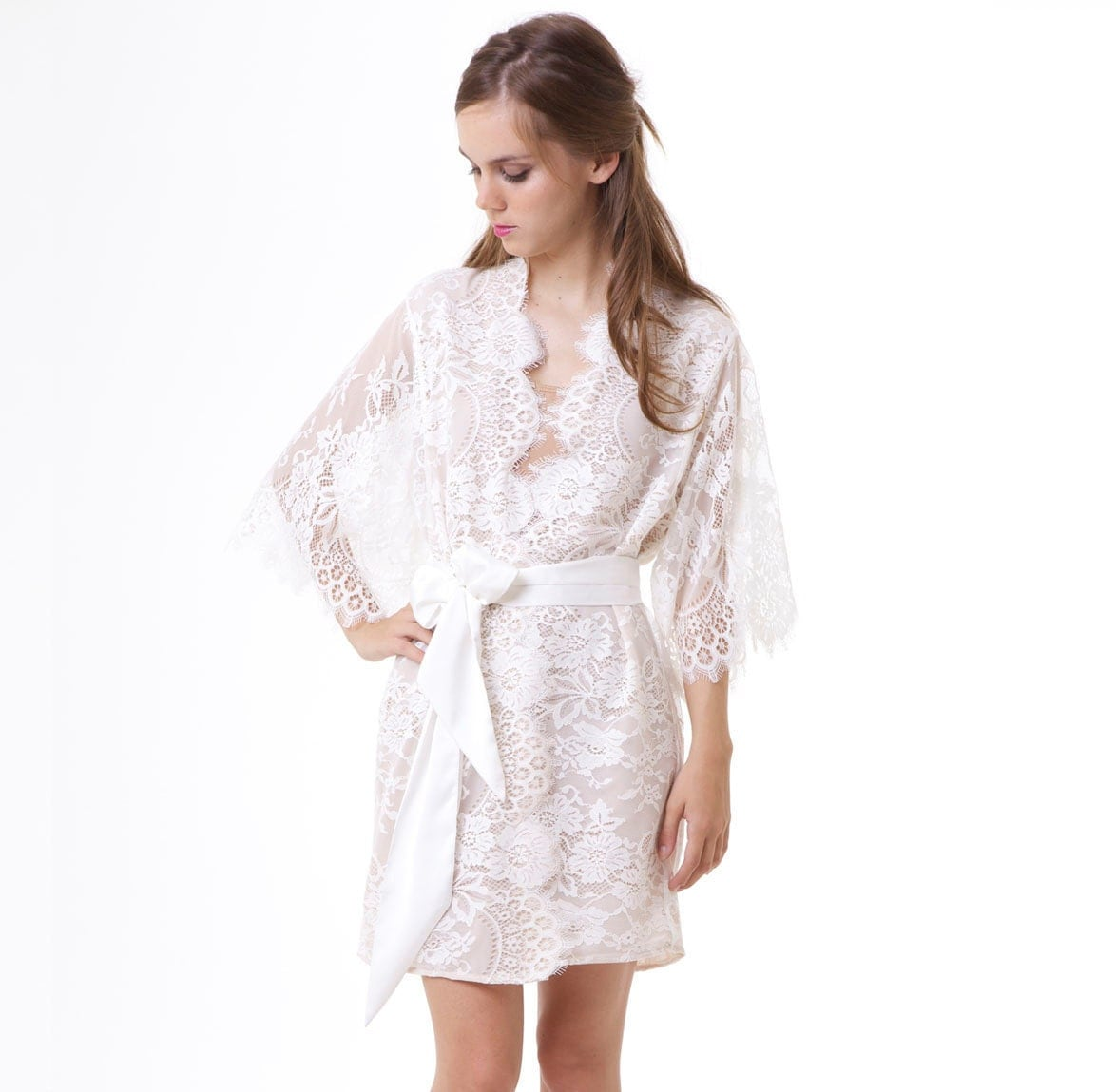 Robe: Swan Queen Scalloped Lined Bridal Lace Kimono Robe Ivory Off