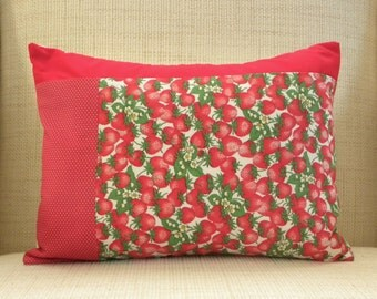 Throw Pillow Cover - Vintage Strawberry Polka Dot Patchwork - 12 x 16