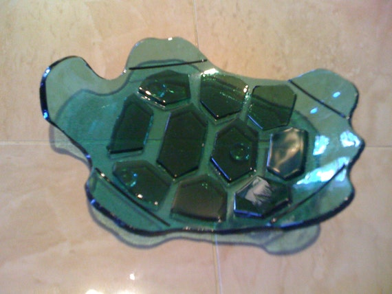 Diving Sea Turtle Soap Dish