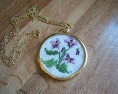 Vintage Needlepoint Purple Lavender Lilac Iris Goldtone Necklace