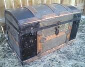 vintage victorian steamer/trunk/chest