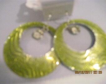 Lime Green Fashion Go-go Style Earrings w/ Swarvoskui